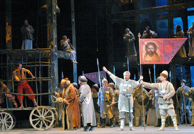 Опера 'Князь Игорь' в Ростовском Музыкальном театре
