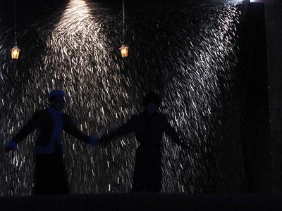 Людмила Мелентьева (Лиза) в спектакле 'Я - Ротшильд' Ростовского Молодежного театра, фото Веры Волошиновой