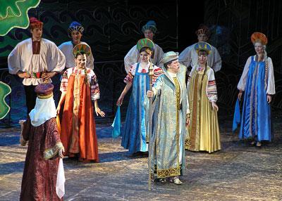 Князь Гвидон, 'Сказка о царе Салтане' в Ростовском музыкальном театре, фото Веры Волошиновой
