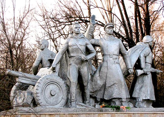 Памятник батареи Оганова, Ростовская область, фото Веры Волошиновой
