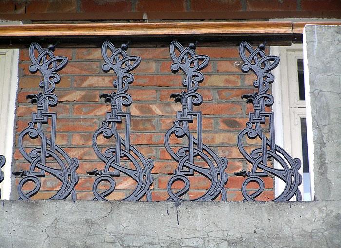 Соколова 5, балконное ограждение, Ростов-на-Дону, фото Веры Волошиновой