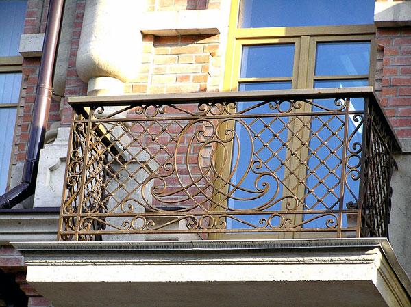 Балконное ограждение, Шаумяна 106, Ростов-на-Дону, фото Веры Волошиновой