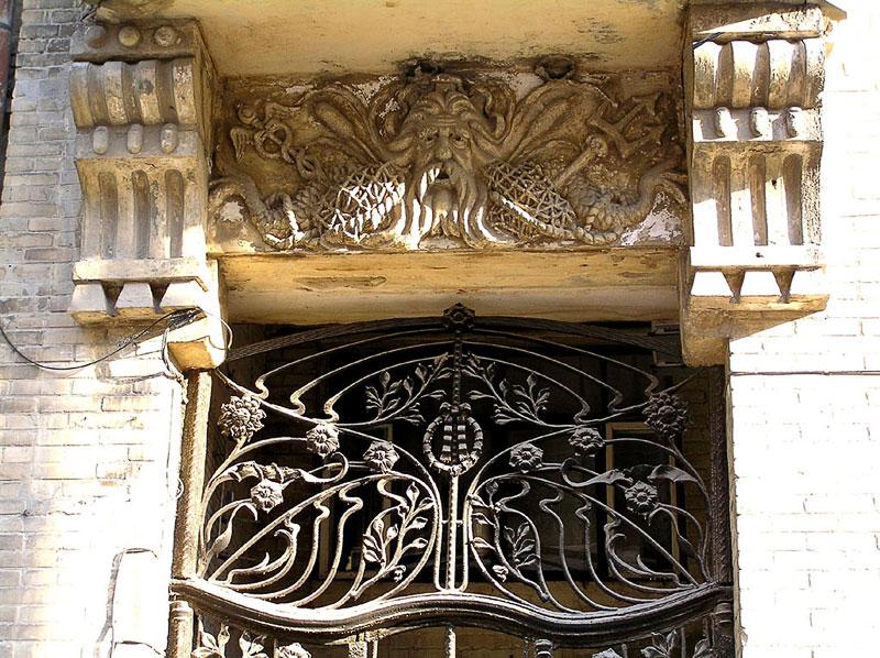Фрагмент ворот, Шаумяна 110, Ростов-на-Дону, фото Веры Волошиновой
