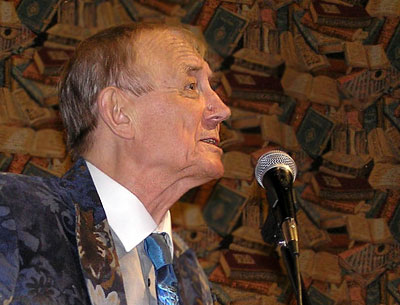 Евгений Евтушенко на встрече с ДГПБ, Ростов-на-Дону, декабрь 2008 г, фото Веры Волошиновой