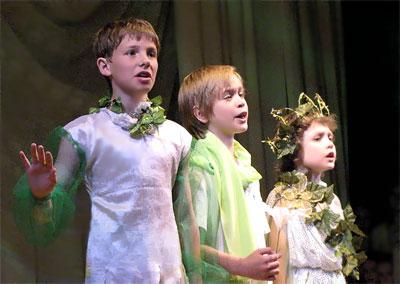 Детский мюзикл Сергея Халаимова 'Да здравствует весна!', Ростов-на-Дону, 2009 год, фото Веры Волошиновой